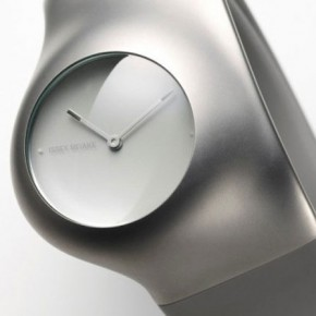 Hu = Human: los relojes netos de Ross Lovegrove