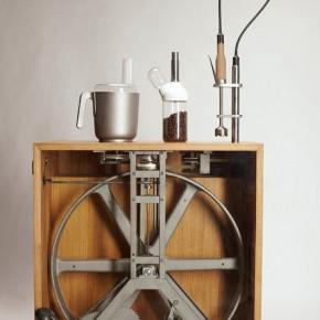 R2B2: unidad de cocina a 'bomba y pedal'