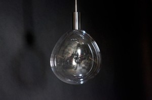 Surface-Tension-Lamp_00
