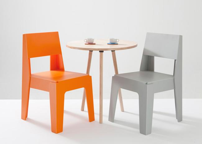 Butter chair una l nea de mobiliario 100 pl stico for Mobiliario jardin plastico