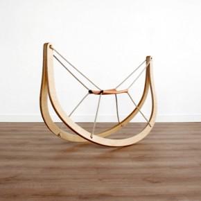 GRO^: un nuevo caballito de madera