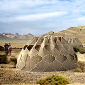 'Weaving a Home': tejido estructural para construir refugios en comunidades