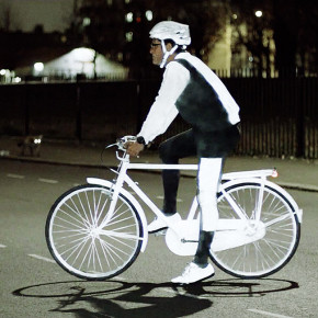 Volvo LifePaint: seguridad en aerosol para ciclistas de noche