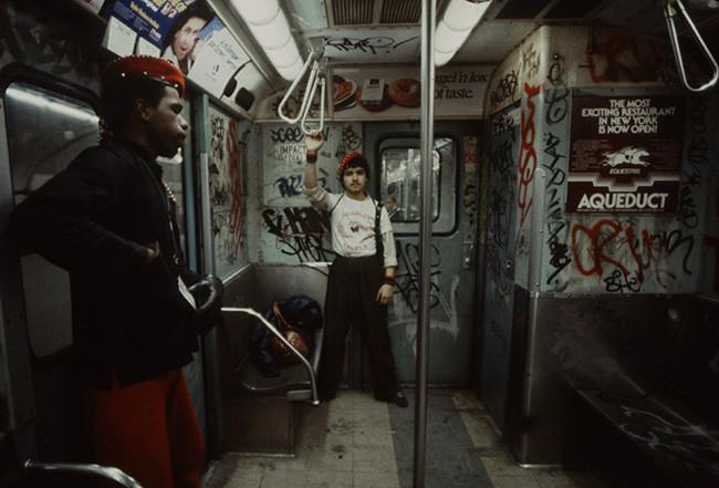 Miembros de los Ángeles Guardianes (NY's Guardian Angels), una organización fundada en 1979 para combatir la violencia en el Metro.