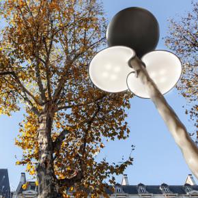 Clover: mobiliario urbano con energía solar en Paris para COP21