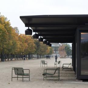 Kiosque: pabellón modular de los hermanos Bouroullec en París
