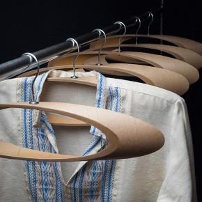 Trempel: elipses con tubos de cartón reciclado para la ropa