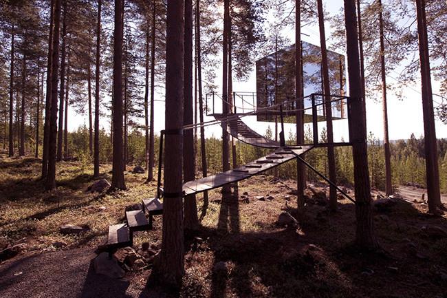 tree-hotel-ufp_07mirror
