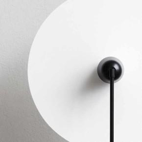 Kantarell: experimentos con la luz por el estudio noruego de Falke Svatun